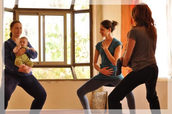 יוגה לאמהות ותינוקות